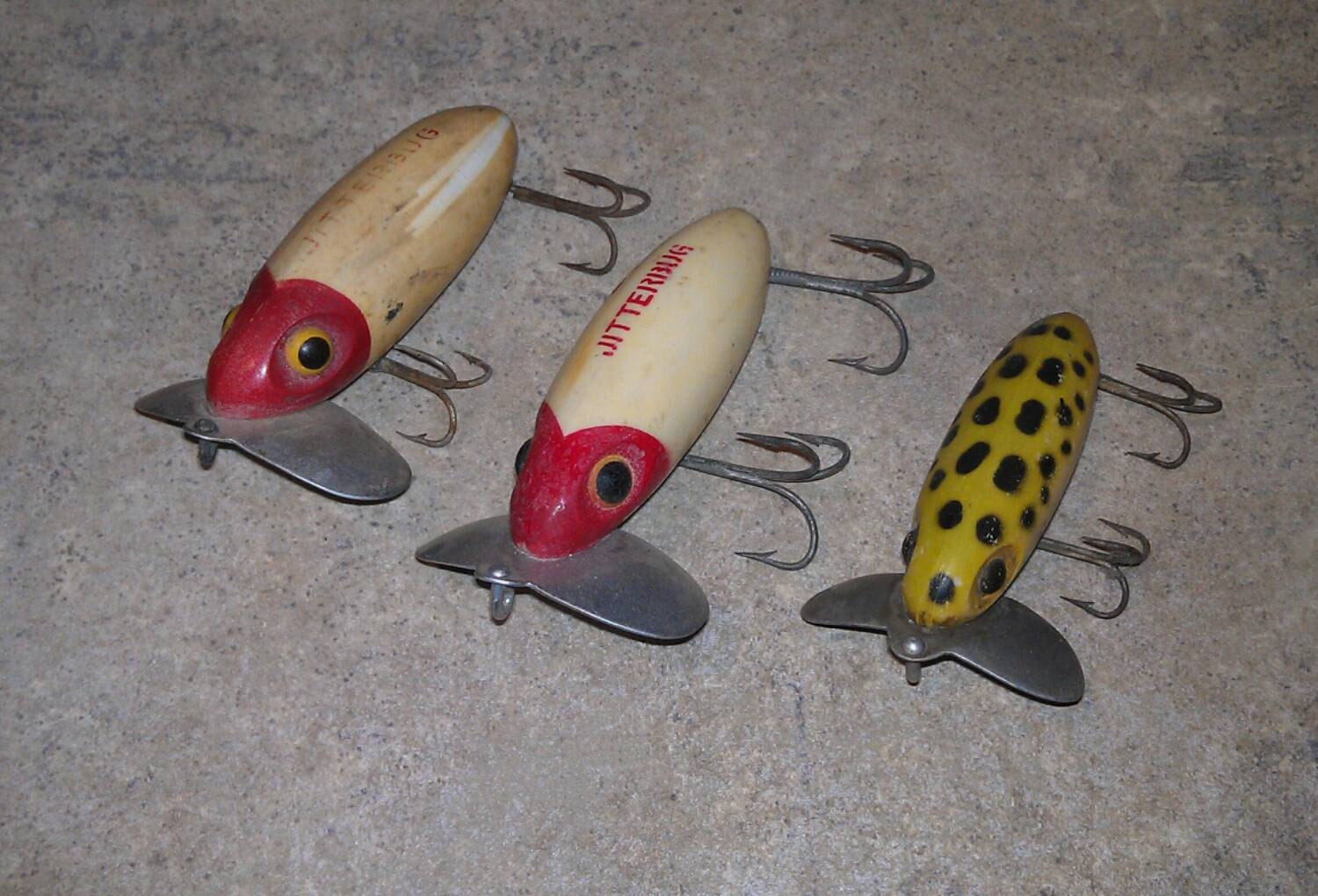 Three vintage fred arbogast jitterbug fishing lures by abides for Jitterbug fishing lure