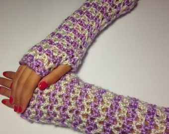 Stylish crocheted fingerless gloves designed for teens and women!