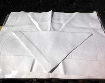 Bloomingdales Linen Placemats and Napkins 40's - 50's