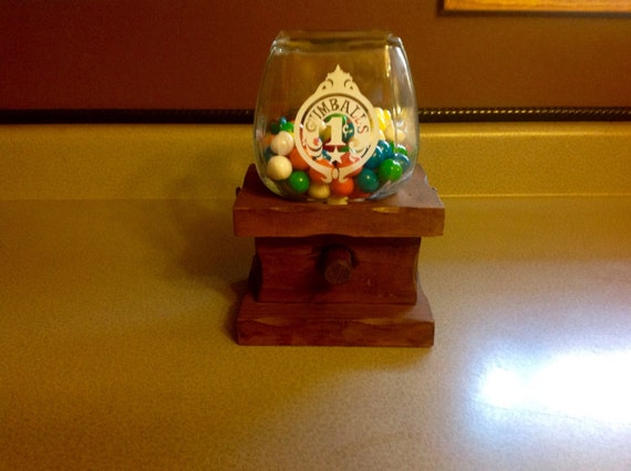 how to make a wooden gumball machine