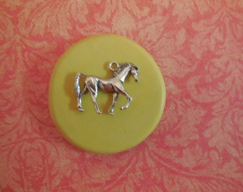 Horse Mold, silicone mold, craft mold, porcelain, resin, jewelry mold, food mold, pop up mold, clays mold, flexible, charms