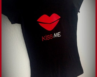 Kiss Me Shirt for ladies (Last one)