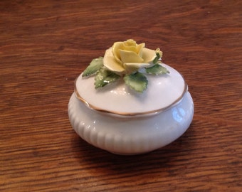 Royal Doulton round Fine Bone China/ Porcelain Trinket Box collection Made in England