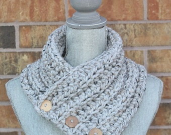 The 'Wanda' Cowl, Chunky Crochet Winter cowl, Marbled Gray