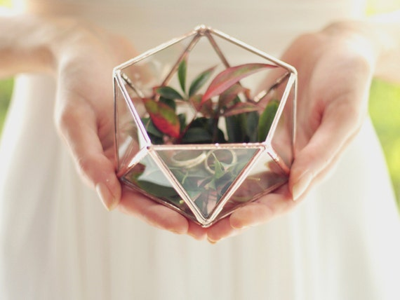 NEW! Mini Geometric Terrarium / Icosahedron / Ring Pillow Alternative / Wedding Ring Box / Glass Box / Geometric Glass Box / Ring Bearer Box