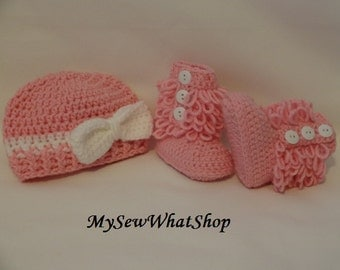 Pink and White Hat and Booties Set - Size 0 to 6 Months