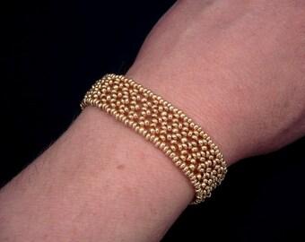 gold bracelet, personalized bracelet, beaded bracelet, beadwork bracelet, beadwork jewelry, bridesmaid gift, mother of the bride gift