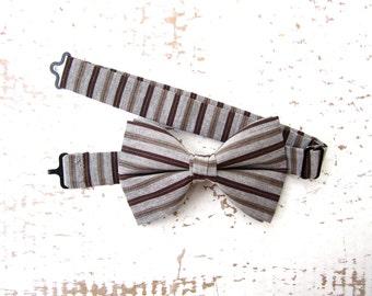 Line Bow Tie