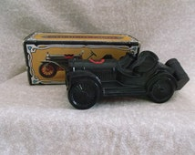 Vintage Avon Straight Eight Car is  EMPTY of Windjammer Aftershave Decanter Bottle