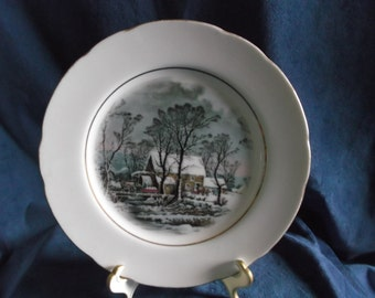 Vintage Avon 1977 Collectible Representative Plate with Gold Trim