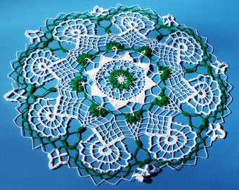 "Hand made Doily: ""Engraved in your Memory"" 20 inches across"