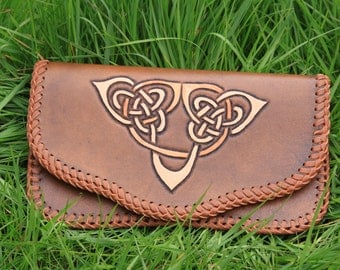 Handmade Leather pouch - Brown