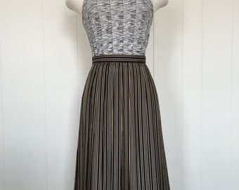 Vintage Black and Gold Pleated Skirt