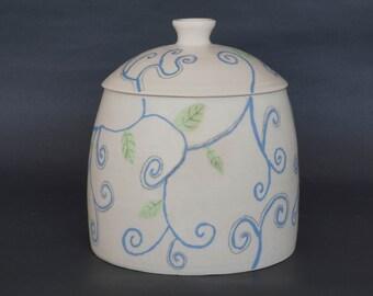 Ceramic cookie jar