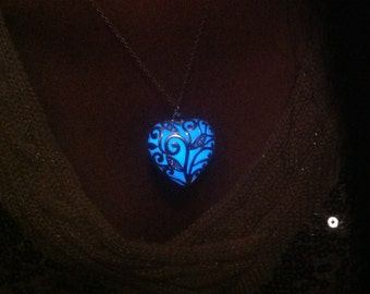 ONSALE 20%OFF:  The Heart of the Forest Glow In The Dark Necklace