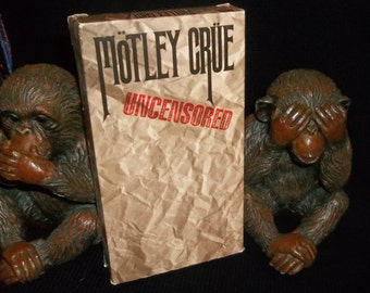 MOTLEY CRUE VHS 1986 Uncensored Nikki Sixx, Vince Neil, Tommy Lee, Mick Mars Sunset Strip Hair Metal Classic