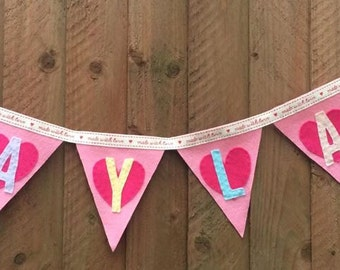 Personalised Felt Bunting (1.75 PER FLAG!!!!! - Change 'Quantity' to amount of flags required!)