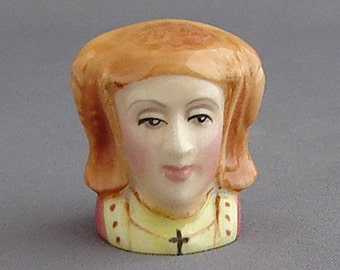 Francesca Character Head Thimble - Anne of Cleves