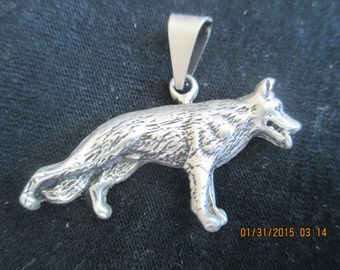 Wolf Pendant  Sterling Silver  Outstanding Detail  New..Taxco