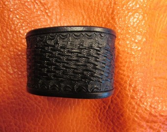 "1.5"" Hand Tooled Leather Bracelet in Midnight Black"