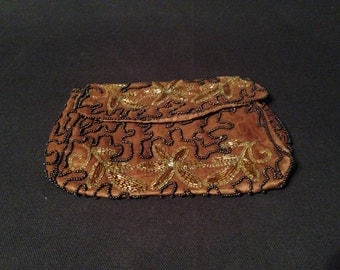 Vintage Marshall Field & Company Beaded Clutch Purse – Brown