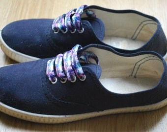 Vintage 80s Canvas Sneakers Trainers / Navy Blue Lace Up Tennis Shoes Size EUR36