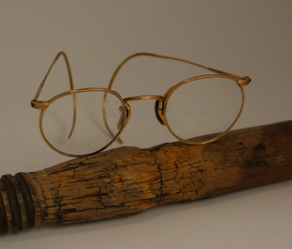 Vintage Gold Artcraft Wire Frame Round Eye-Glasses by ...