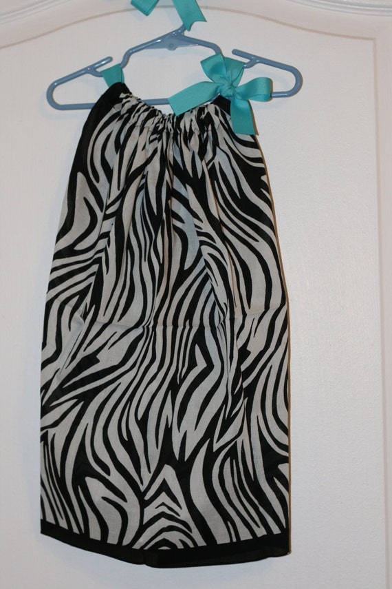 Zebra Print Light Weight Summer Dress or Top: ONE SIZE, Dress fits up ... Zebra Weight
