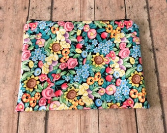Floral Pouch, Mary Englebreit fabric