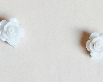 White Rose Earrings E197