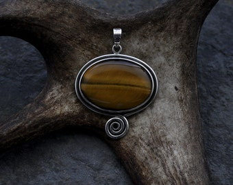 Sterling Silver and Tiger Eye pendant