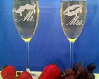 Personalized Champagne Glasses, Custom Engraved Champagne Flutes, Mr and Mrs Wedding Toasting Glasses, Bride and Groom Glasses - BWG 814