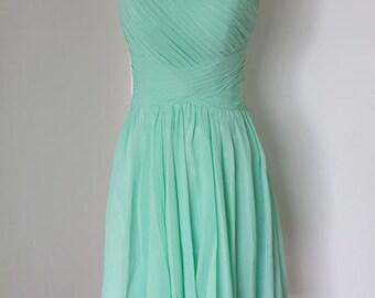 2015 One-shoulder Mint Chiffon Short Bridesmaid Dress