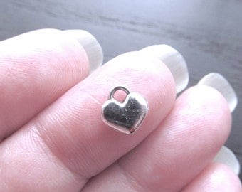 8 Heart Charms Antique Silver Tone Heart Pendants 8mm x 8mm Zinc Alloy CS-0243