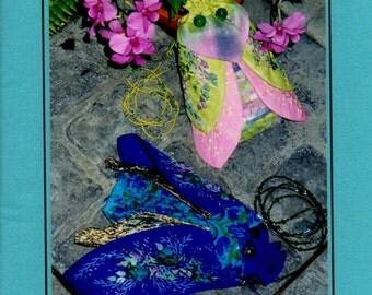 EVENING PURSES Fantasy Entomon Palmetto & Damsel Fly Drawstring © 1998 Deborah Brunner Pin Weaving