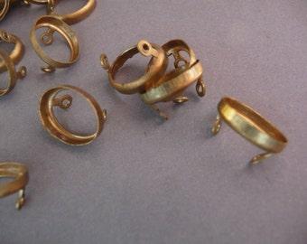 12 Brass 10 mm x 8 mm Oval Settings Connectors - Open Back