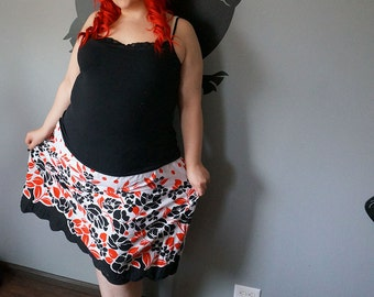 Black White Red SKIRT with pockets XL XXL