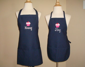 Personalized Mommy and Me Daughter Apron Set Mom Mother grandmom Nana monogram embroidered Cupcake Great Christmas Gift