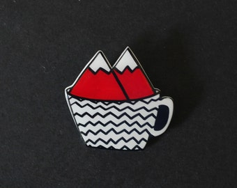Damn Fine Twin Peaks Brooch / Pin