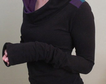 extra long sleeved hooded top/color block shoulders/Black with Purple/Teal