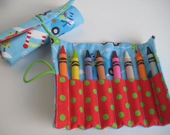 SALE Crayon Roll Christmas Snowmen  Holds 8 Crayons Ready to Ship