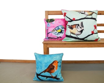 Cushion cover for throw pillow with bird - English Robin in blue - 16x16inch // 40x40cm