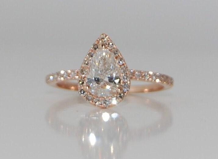 Rose Gold Diamond Ring Pear Cut Diamond. 0.9ct White D/VS1