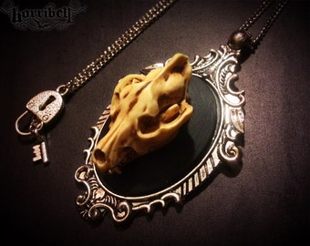 Wolf Skull Necklace // Wolf Necklace // Wolf Jewelry // Taxidermy Jewelry // Taxidermy Necklace // Gothic Necklace
