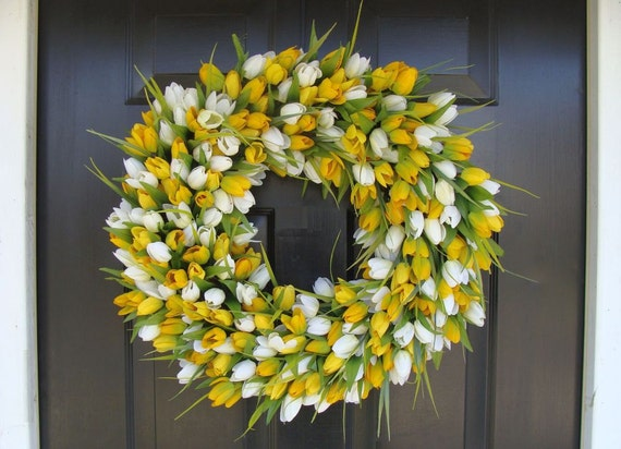 Sunny Tulip Spring Wreath- Tulip Wreath Year Round Wreath- Door Wreath- Wreath- Easter Wreath