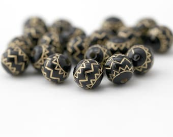 Black Gold Etched Round Ornate Acrylic Beads 10mm (20)