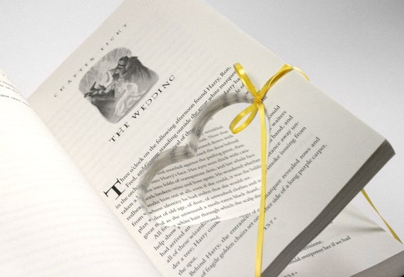 harry potter wedding engagement ring holder hollow book deathly hallows chapter 8 the wedding - Harry Potter Wedding Rings