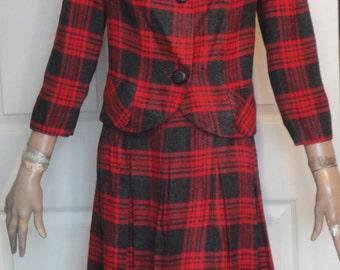 Vintage 60s Red Gray Plaid Glenhaven Wool Suit B38
