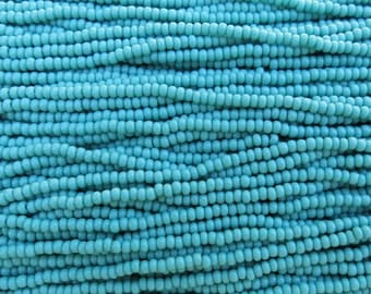 8/0 Opaque Turquoise Czech Glass Seed Bead Strand (CW28) SE