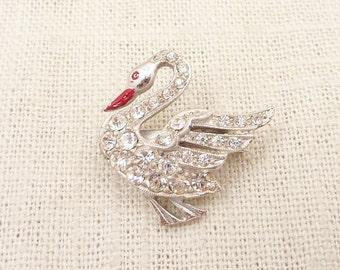 SALE --- Vintage Rhinestone Swan Pin